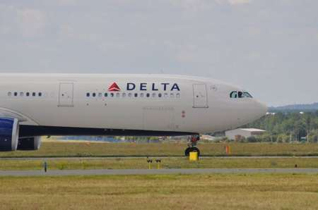 В США россиянина Андрея Еремина сняли с рейса из Сиэтла в Атланту за «оккупацию Крыма»