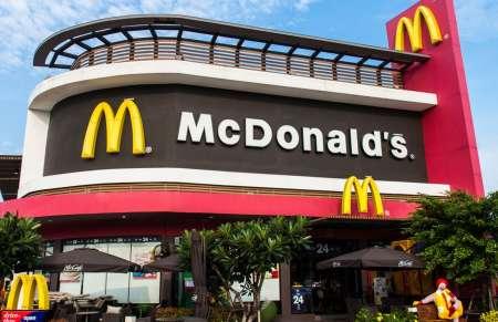 Сотрудник из McDonald's в США показал, в каких условиях готовится еда. ФОТО