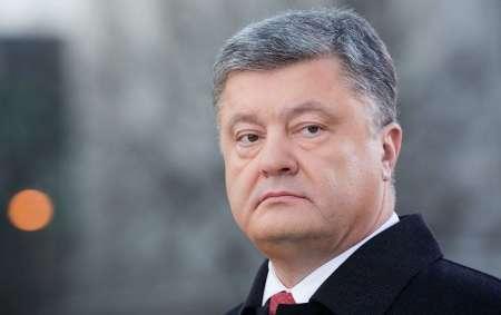 Суд обязал СБУ возбудить уголовное дело против президента Украины Петра Порошенко