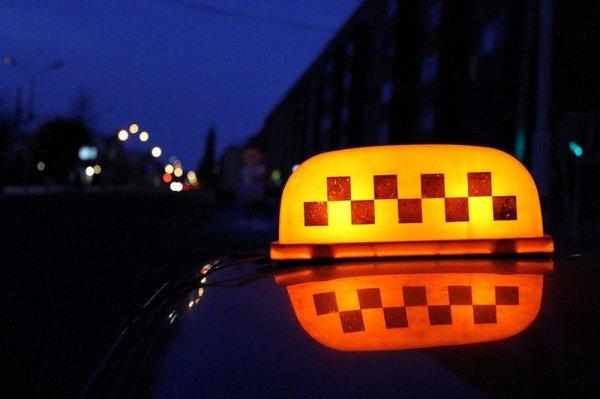 В Калининграде 61-летний водитель такси сбил насмерть пешехода
