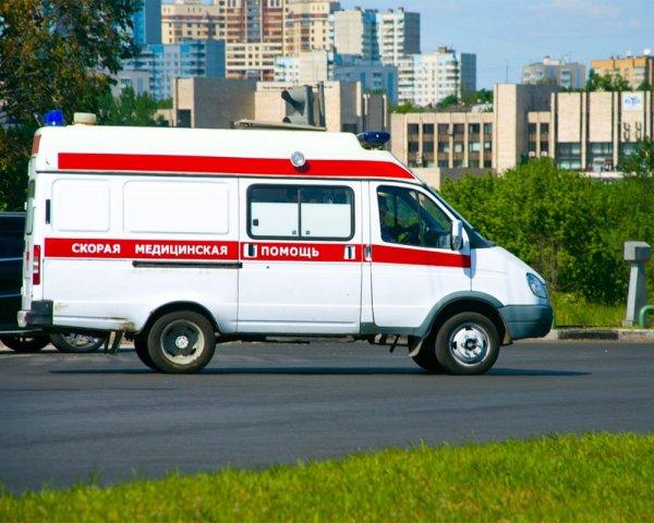 В Санкт-Петербурге девочка упала с третьего этажа и осталась жива