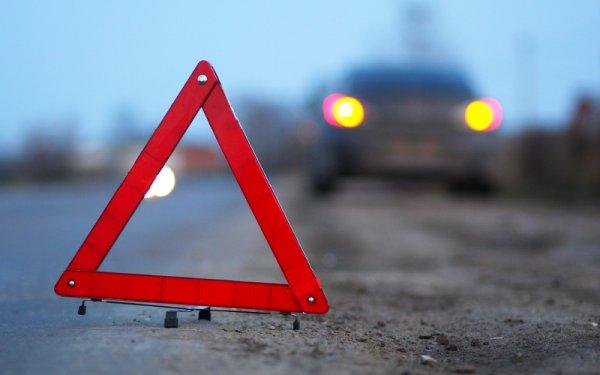 В Петербурге тройное ДТП унесло жизнь одного из водителей