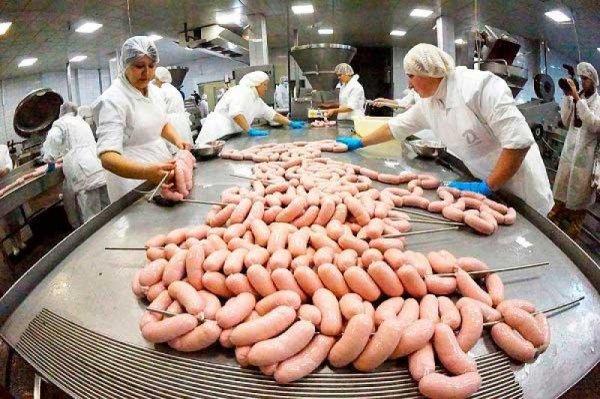 В Санкт-Петербурге обыскали мясокомбинат «Парнас-М»