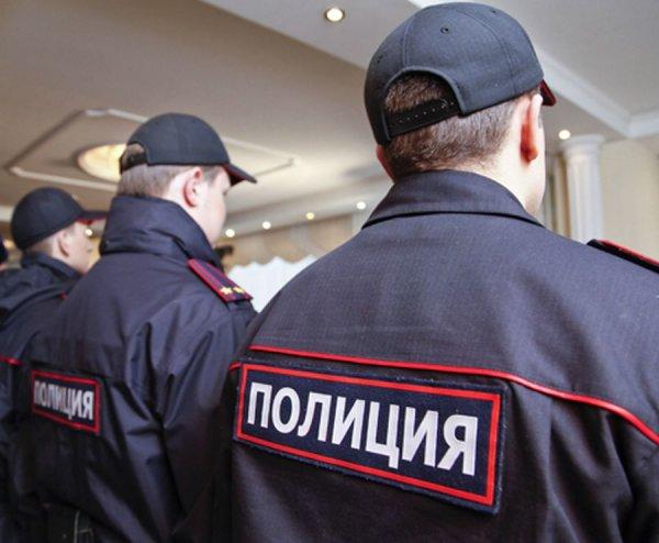 В Москве задержали трёх полицейских, похитивших строителя
