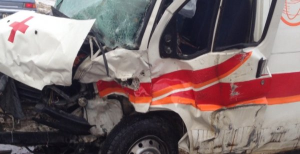 В ночном ДТП со скорой в Москве пострадали семь человек