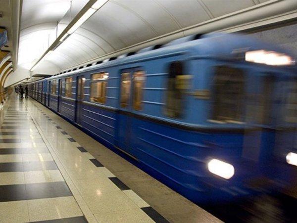 Тело на рельсах станции метро