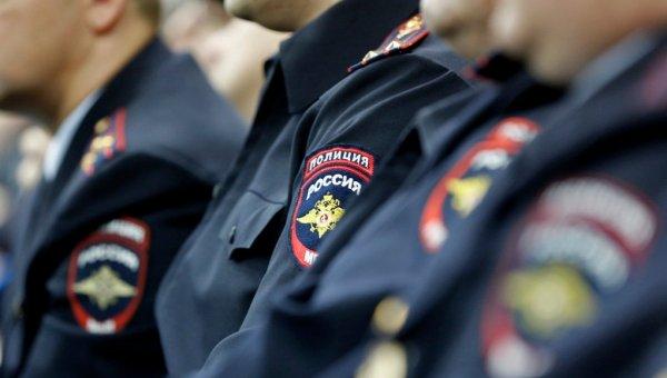 Уральская полиция ищет человека, оставившего младенца в пакете на улице