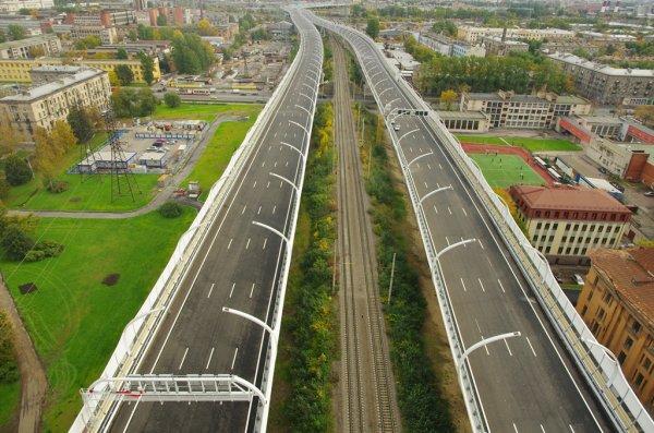 На ЗСД в Санкт-Петербурге произошло ДТП с участием самосвала и легковых машин