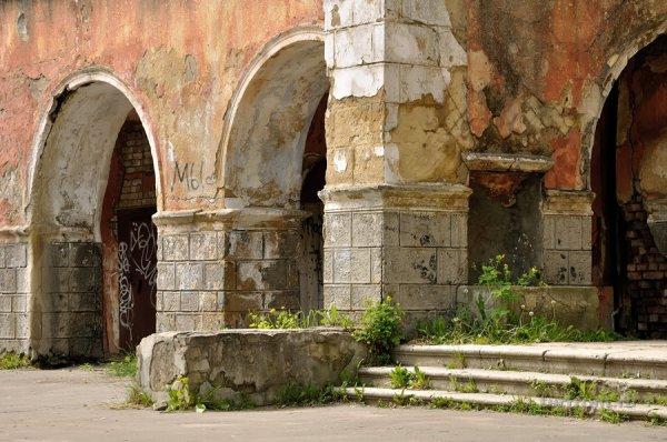 В Твери частично обрушилось здание Речного вокзала