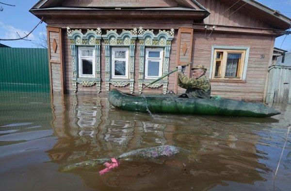 В результате паводка в Приморье пропала пожилая женщина