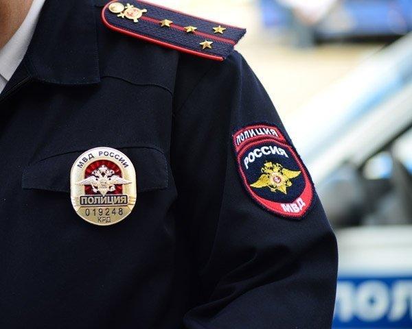 В Петербурге вторые сутки ищут девушку с татуировкой