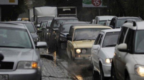 На выезде из Воронежа появилась трехкилометровая пробка