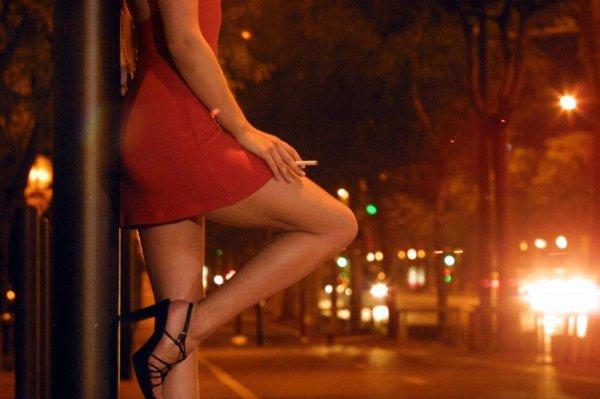 В Британии секс-работница обратилась с заявлением о грабеже, но была депортирована
