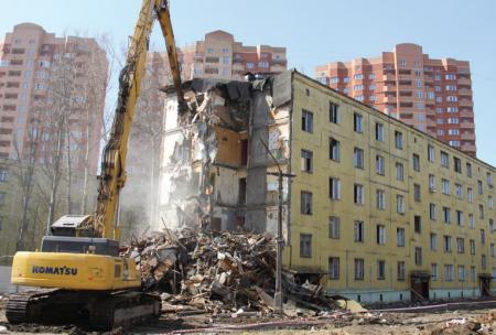 Власти Москвы определили первые адреса для переселения по реновации