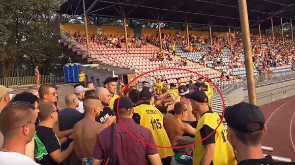 Сотрудники стадиона в Украине не дали фанатам ФК