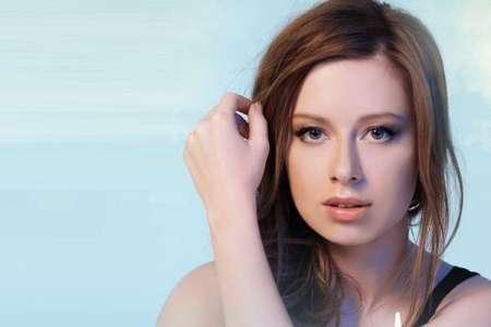 Певица Юлия Савичева родила первенца в Португалии