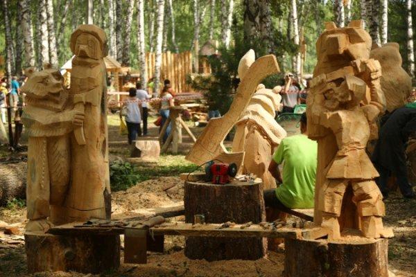 Под Томском более 30 человек отравились на фестивале «Праздник топора»