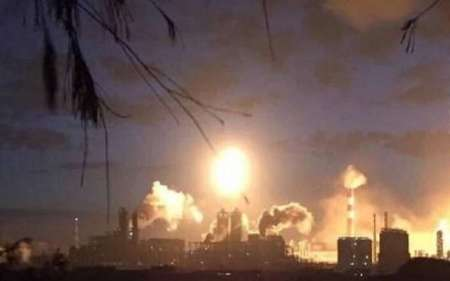 В Китае на химическом заводе в городе Далянь 17 августа прогремел взрыв. ФОТО, ВИДЕО