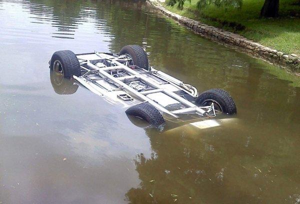 В Приморье  погиб  9-летний ребенок в результате падения машины в воду