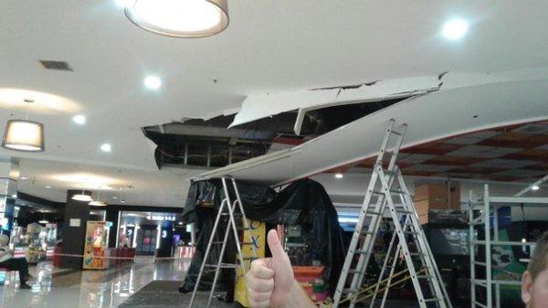 В ТРК «Меркурий» обвалился потолок над игровыми автоматами