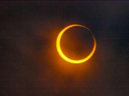 Солнечное затмение 21 августа: Целитель Каролин Комбэрти предрекает начало новой эры после затмения
