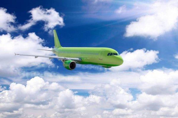 Самолет без шасси зашел на посадку в Чебоксарах