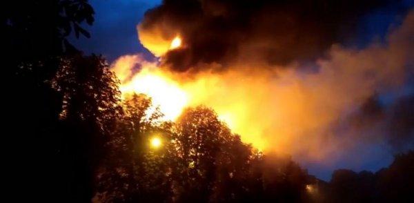 В Харькове молния спровоцировала пожар в здании суда