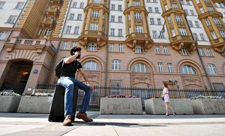 Посольство США предложило россиянам получать американские визы в других странах