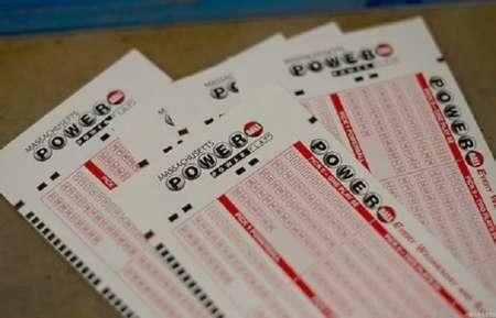 В США был разыгран рекордный джекпот в $758 млн лотереи Powerball