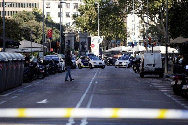 Турчинов рассматривает версию теракта в центре Киева