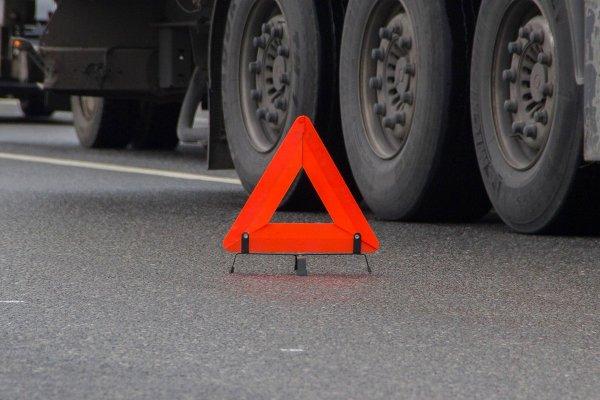 В Ростовской области шофер «КамАЗ» погиб в столкновении с прицепом грузовика