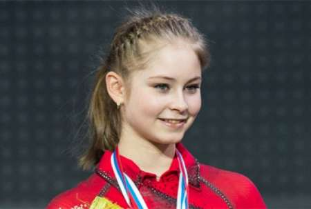 Олимпийская чемпионка Юлия Липницкая завершила карьеру