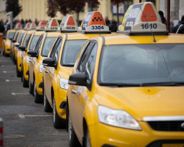 В Пермском крае таксист получил 30 ножевых ранений от пассажиров