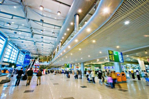 В Краснодаре после сообщения о бомбе эвакуировали аэропорт