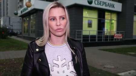 Гонщица вырвала волосы экс-ведущей Муз-ТВ Ксении Мерц