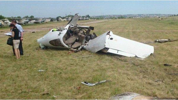 В Сеть слили видео разбившегося на показательных выступления самолета Ан-2