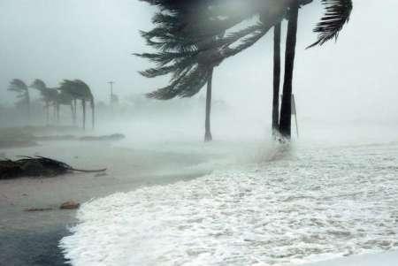 Ураган «Ирма» «разогнался» до 220 километров в час и угрожает обрушиться на штат Флорида в США. ВИДЕО
