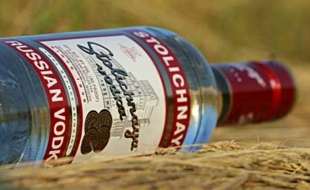 Минфин не исключает повышения минимальной цены на водку в России в 2018 году