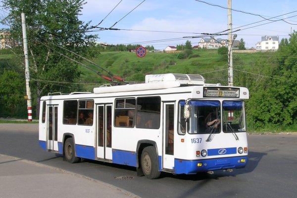 В Нижнем Новгороде неизвестный захватил в заложники водителя троллейбуса