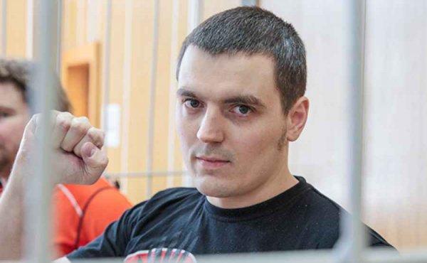 Мать журналиста РБК Соколова рассказала о пожаре в его квартире