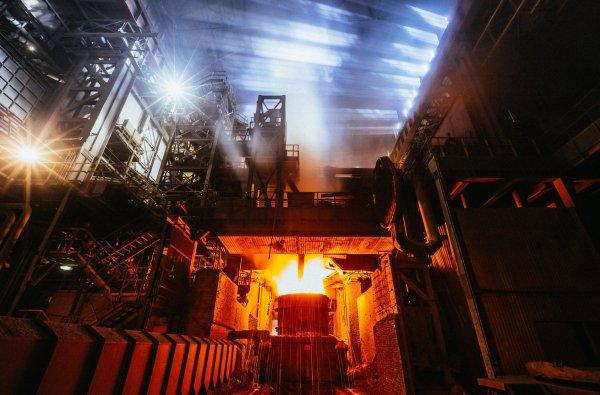 На Новотрубном заводе Первоуральска был потушен пожар кровли цеха