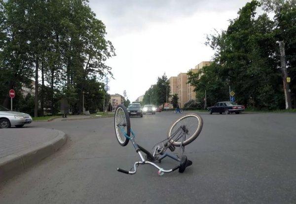 Неизвестный водитель в Сарове сбил 14-летнюю велосипедистку
