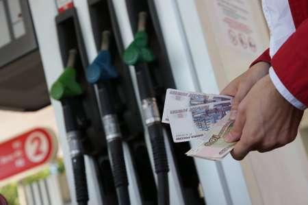 В России повысят цены на бензин, чтобы построить дорогу в Крым