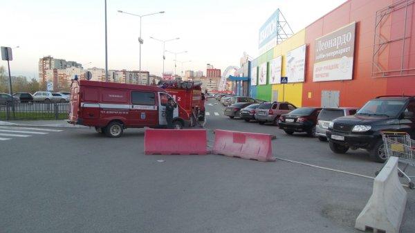 В Москве из-за угрозы взрыва эвакуировали более десяти ТЦ