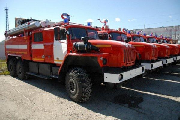 В Липецке прошлой ночью сгорели Volkswagen и «Газель»