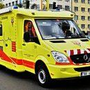 В Праге в результате неудачного приземления парашютиста травмы получили женщина и ребенок