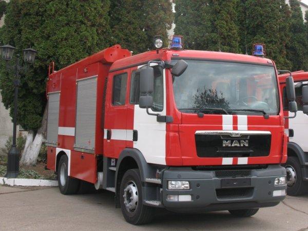 Под Ростовом в частном доме при пожаре погибли три человека