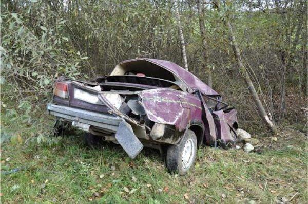 В Рязанской области лишенный прав водитель вылетел в кювет и скончался