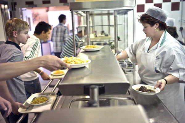 В Пермском крае детей-инвалидов отказались кормить в школах