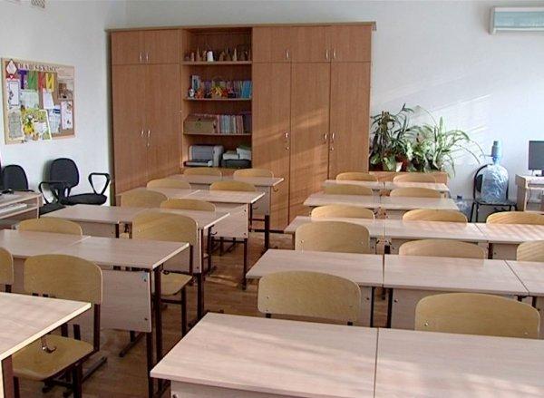 В Иркутской области школьник бросил стул в учителя во время урока